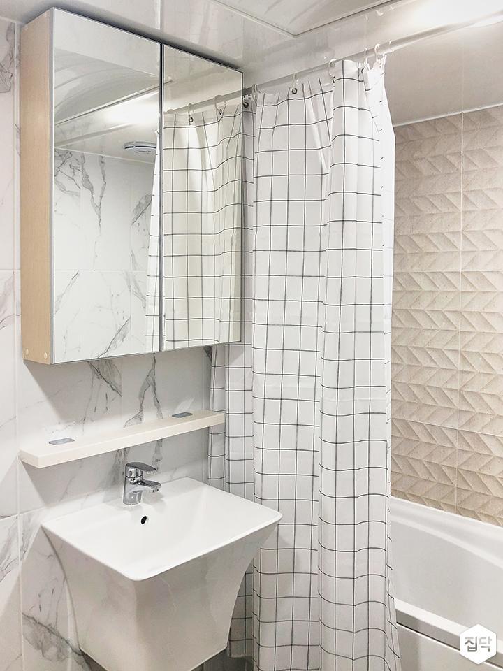 화이트,심플,수납거울,세면대,욕조,욕실
