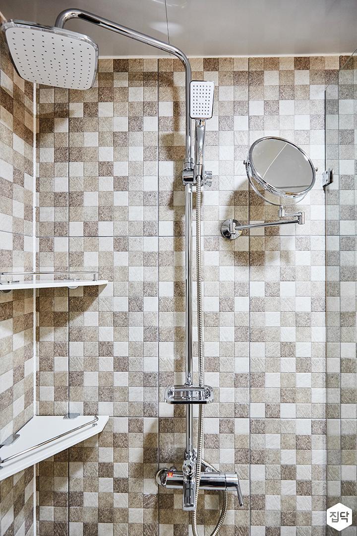 그레이,브라운,욕실,패턴타일,해바라기샤워기