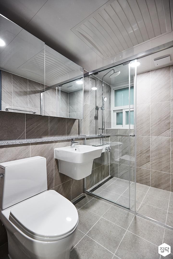 그레이,모던,심플,안방화장실,슬라이딩유리수납장,유리파티션,샤워부스
