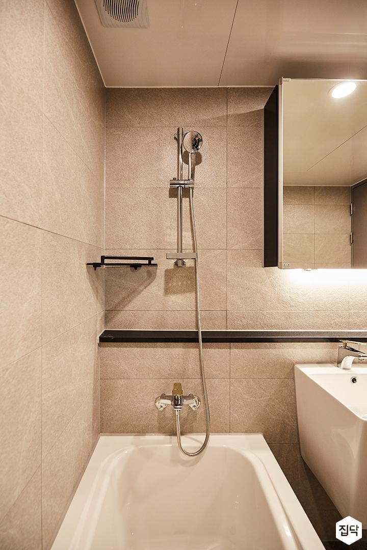 그레이,모던,심플,간접조명,샤워기,코너선반,욕실