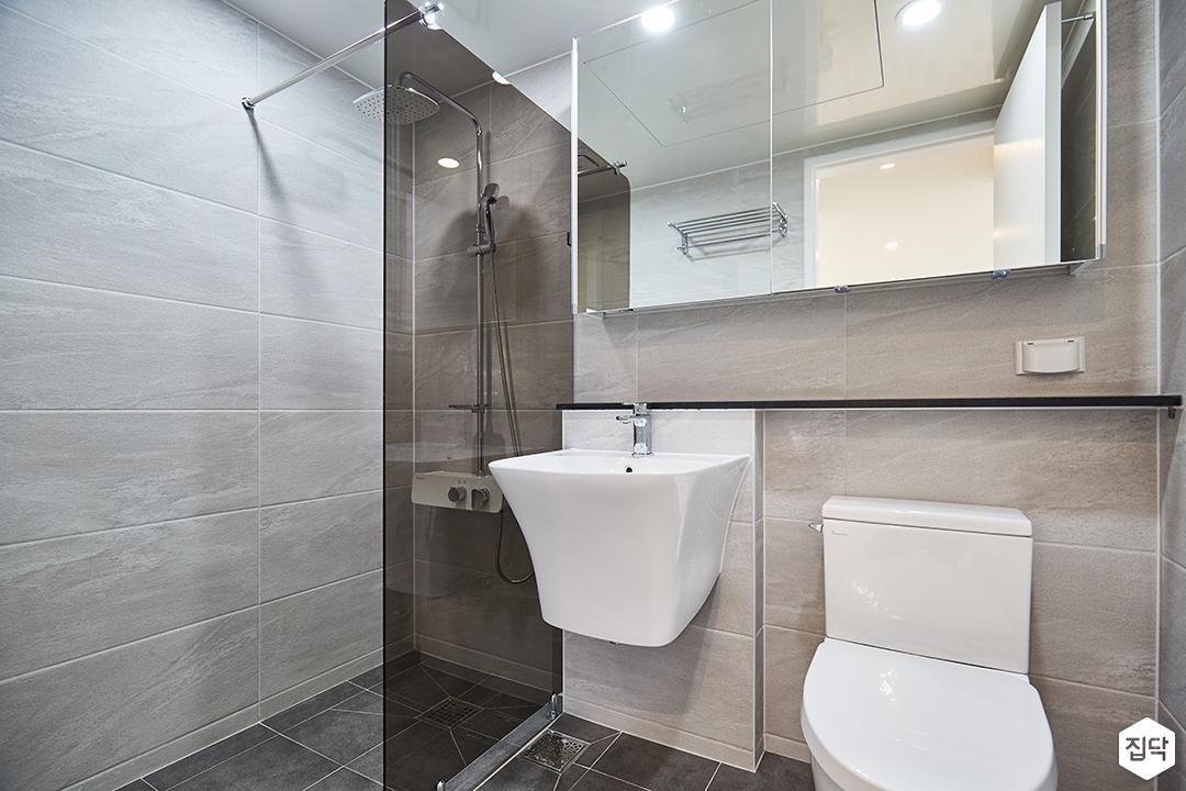 그레이,베이지,모던,심플,욕실,욕실조명,세면대,샤워파티션,샤워기