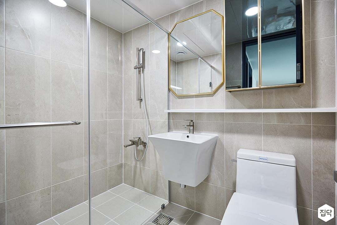 화이트,베이지,모던,심플,욕실,욕실조명,세면대,샤워기