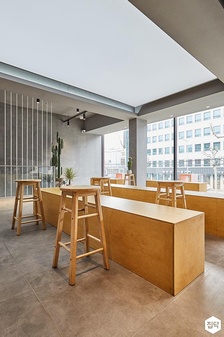 그레이,모던,빈티지,홀,간접조명,레일조명,테이블,의자