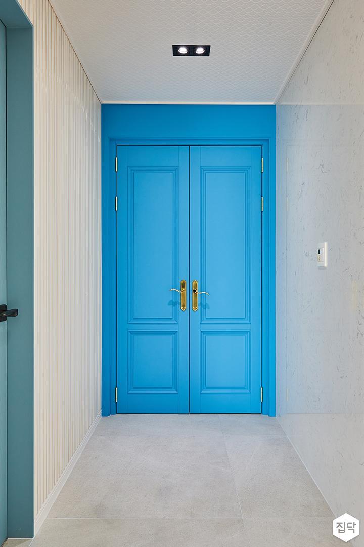 블루,아이보리,뉴클래식,방,중문