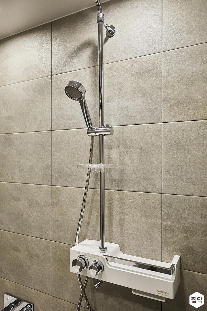 화이트,모던,욕실,포세린,코너선반,샤워기