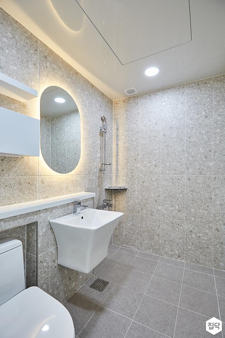 화이트,모던,심플,욕실,간접조명,다운라이트조명,거울