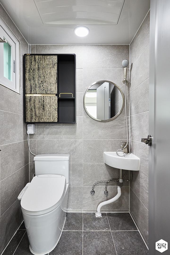 그레이,모던,심플,욕실,원형직부등,수납장,세면대,샤워기,거울