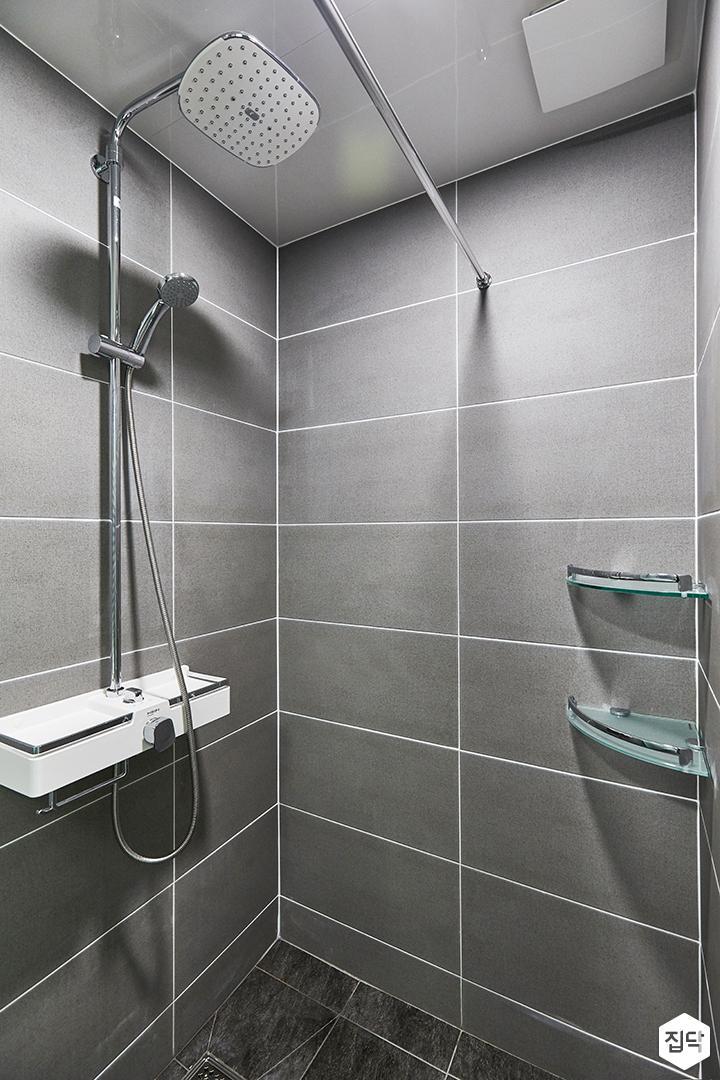 그레이,모던,욕실,포세린,매립등,수납장,샤워기