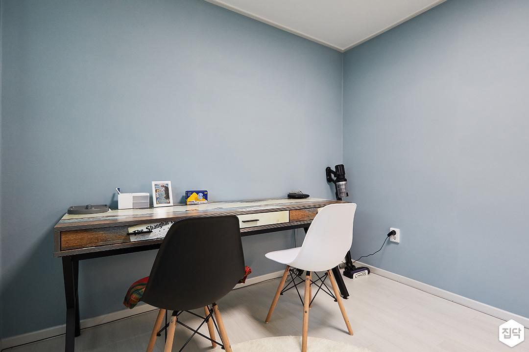 블루,모던,심플,방,책상
