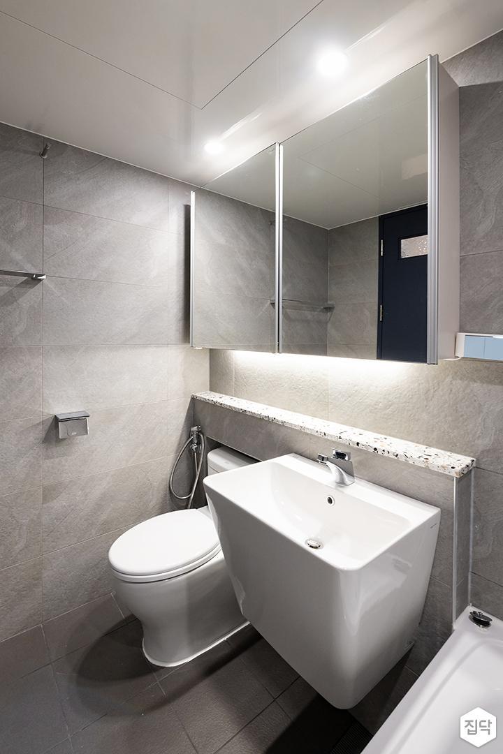 그레이,모던,욕실,다운라이트조명,세면대,거울
