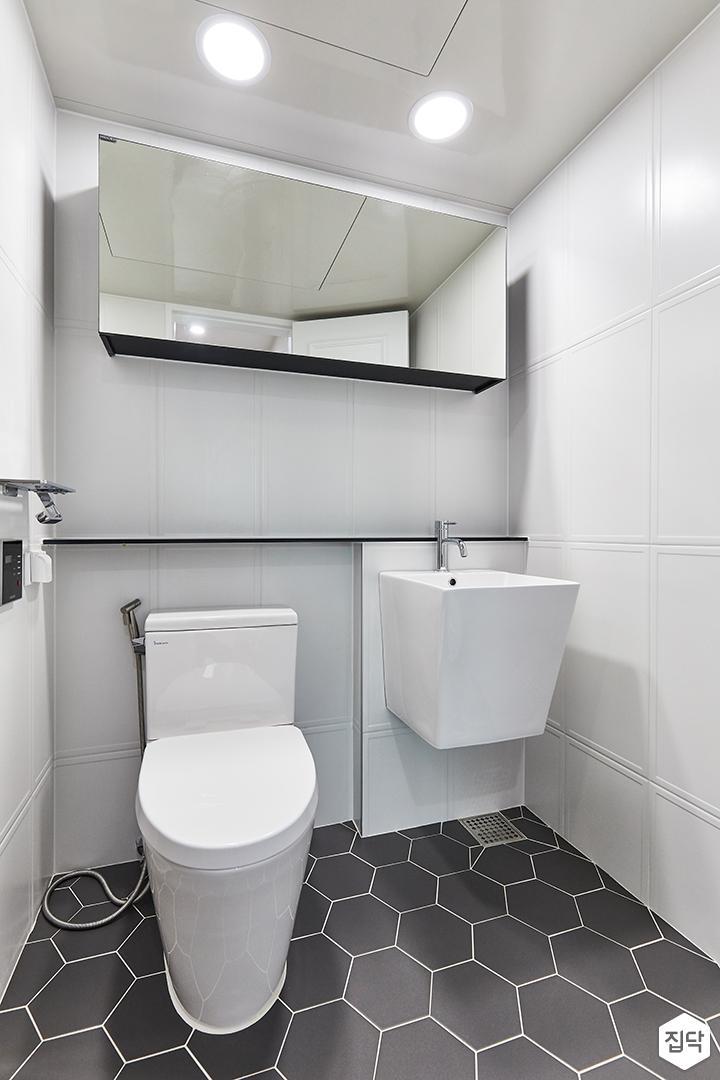 화이트,블랙,모던,내추럴,욕실,포세린,욕실타일,헥사곤,수납장,세면대,거울