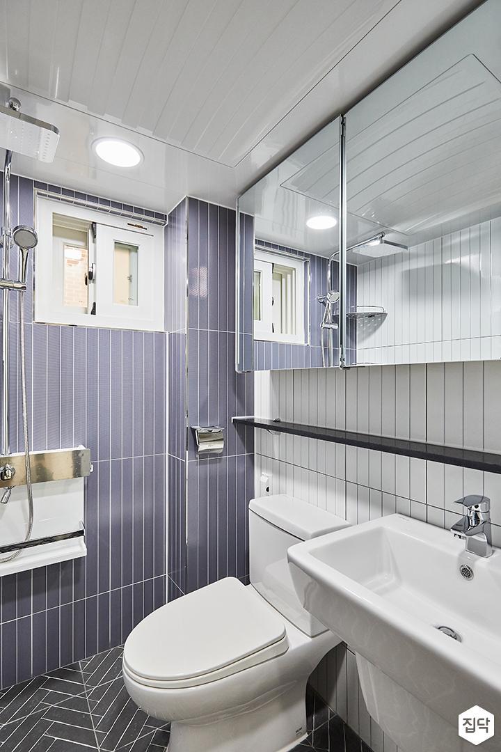 화이트,퍼플,모던,심플,욕실,욕실타일,원형직부등,수납장,세면대,샤워기,거울