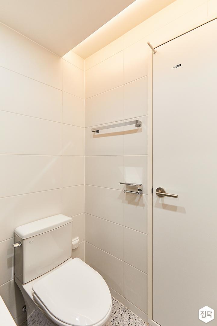 화이트,모던,뉴클래식,욕실,폴리싱,간접조명