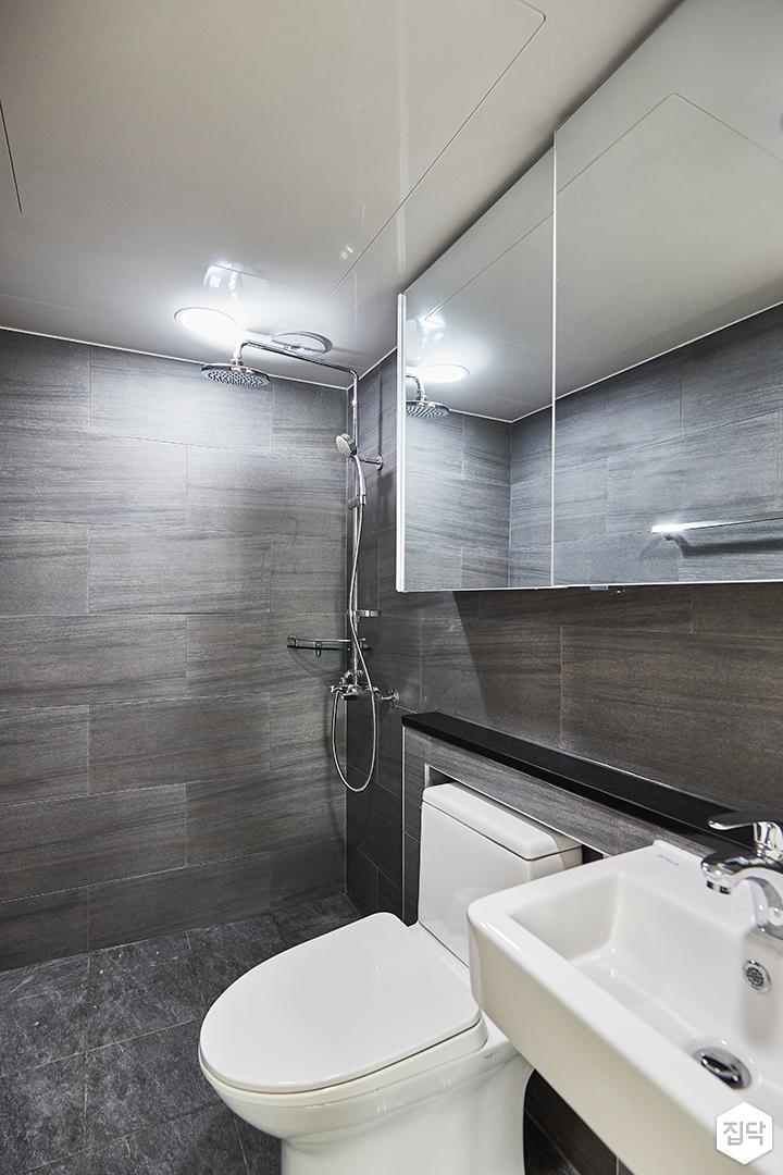 그레이,모던,심플,욕실,포세린,욕실타일,원형직부등,수납장,세면대,코너선반,샤워기,거울