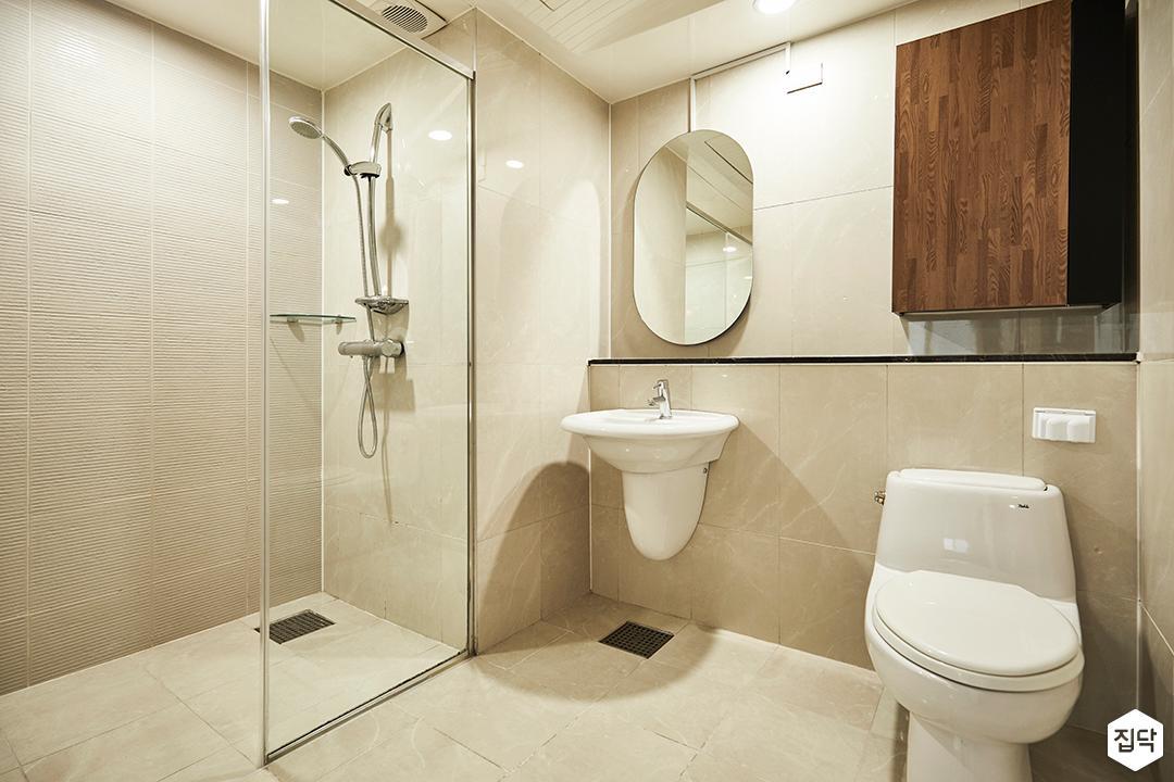 아이보리,내추럴,욕실,유리파티션,세면대,샤워기,거울