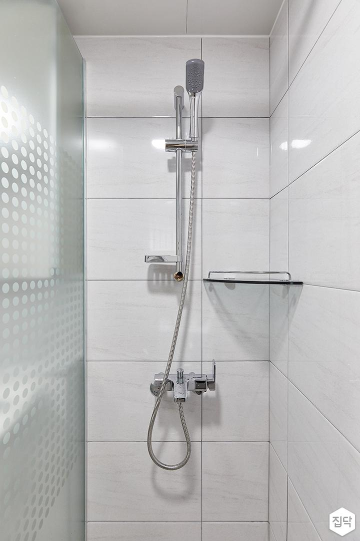 화이트,심플,욕실,폴리싱,유리파티션,샤워기