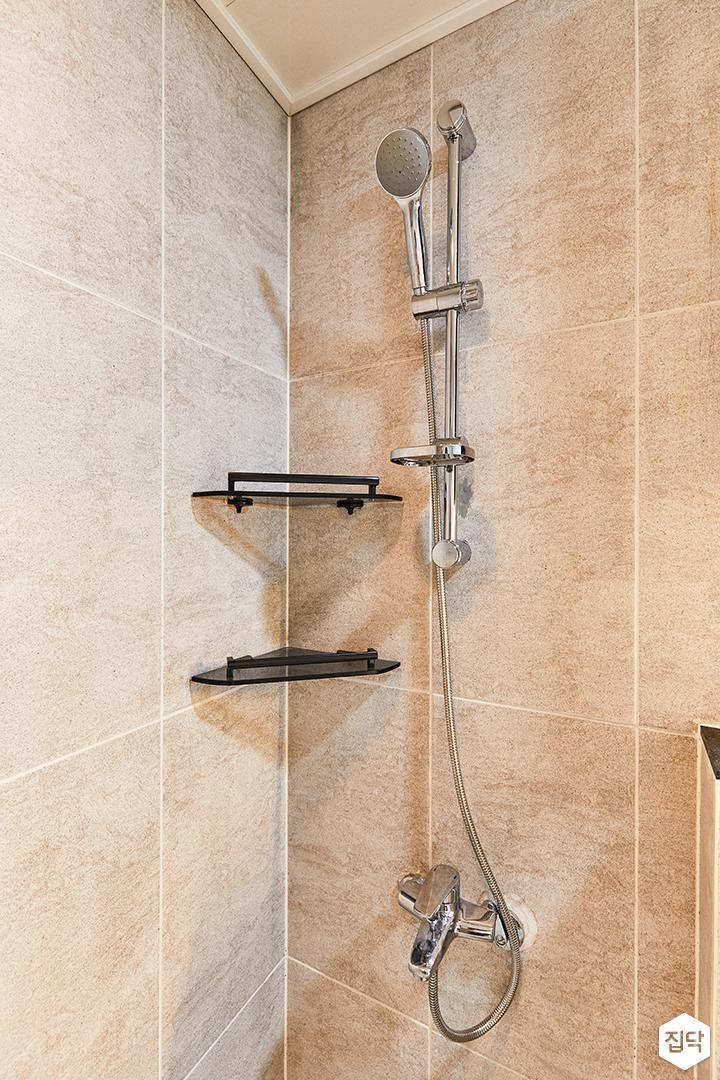 아이보리,모던,내추럴,욕실,포세린,코너선반,샤워기