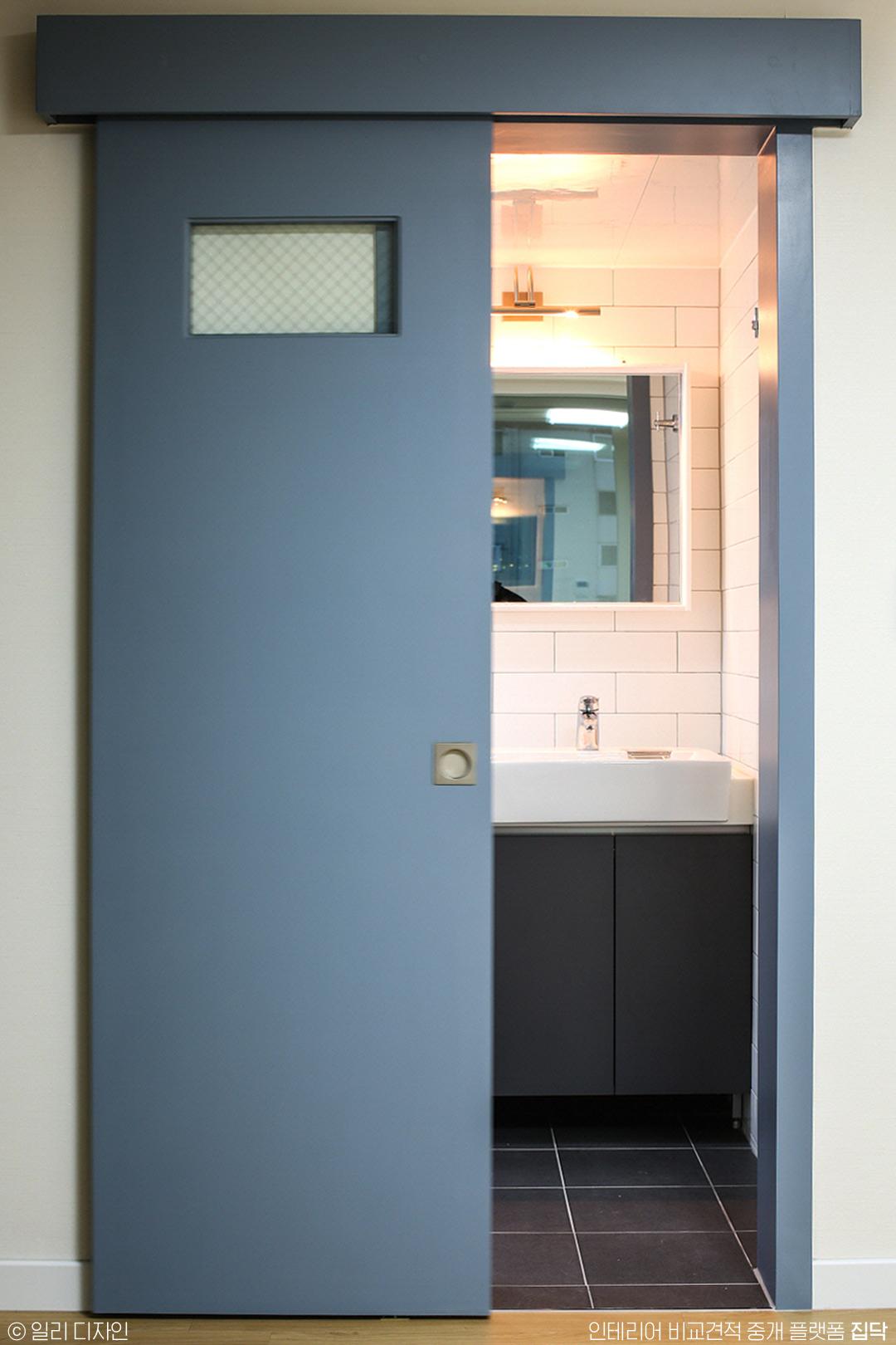 욕실도어,욕실문,문,도어