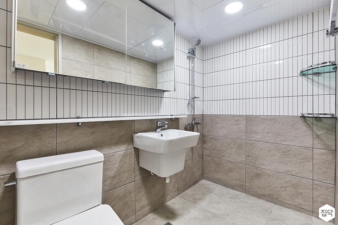화이트,브라운,모던,욕실,포세린,폴리싱,수납장,세면대,거울