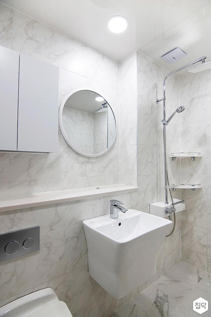 내추럴,욕실,세면대,샤워기,거울