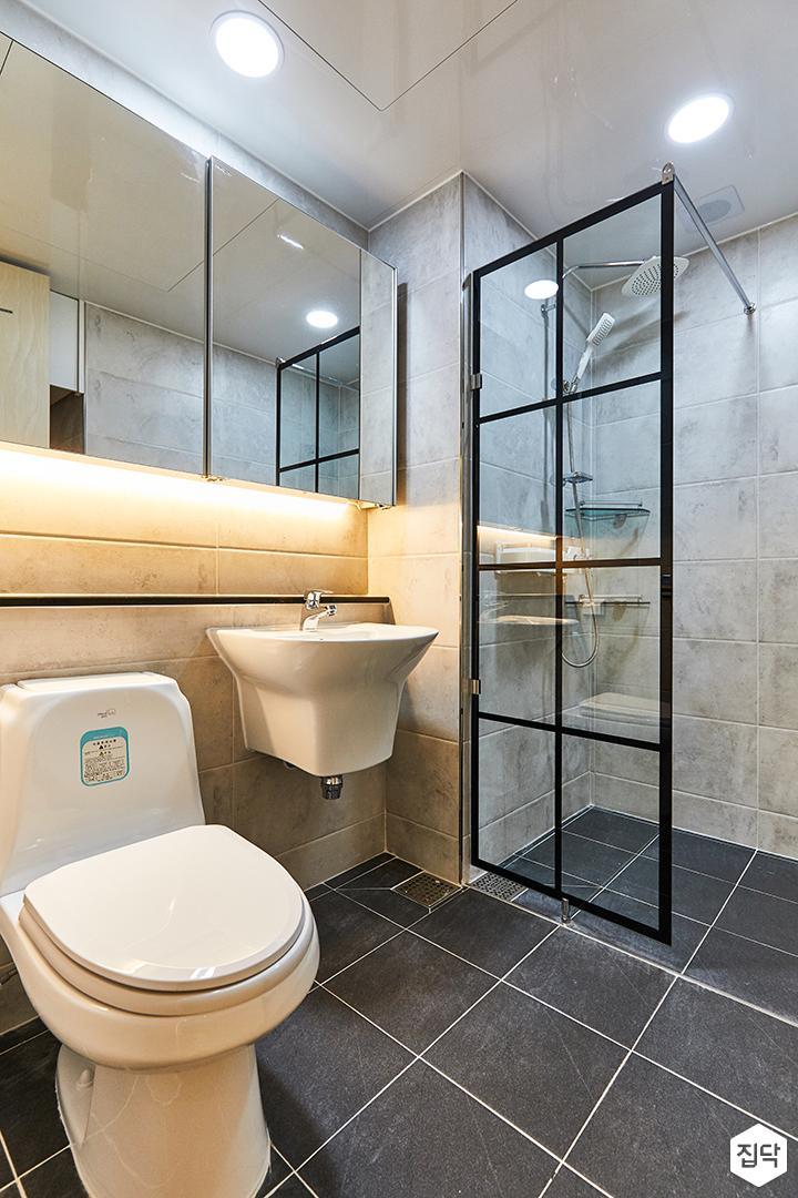 그레이,블랙,모던,심플,욕실,포세린,간접조명,매립등,세면대,유리파티션,수납장,거울