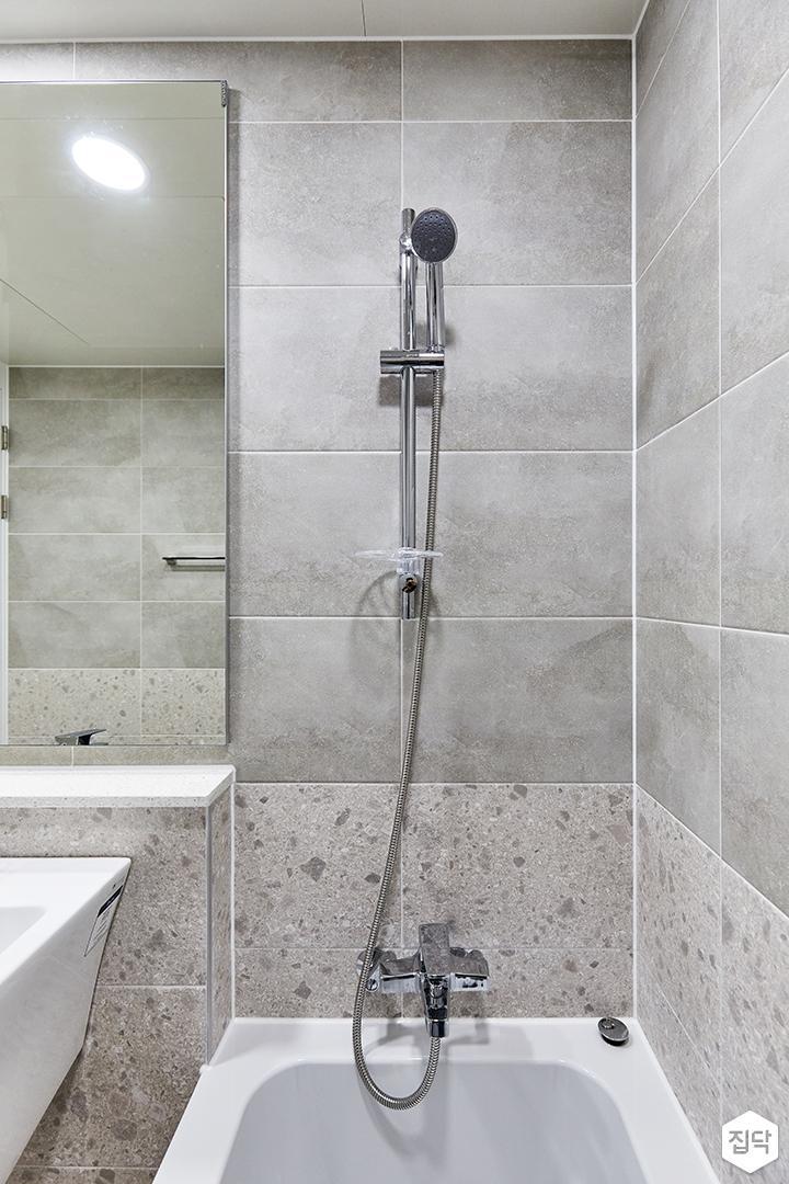 그레이,아이보리,모던,내추럴,욕실,포세린,테라조,욕조,샤워기