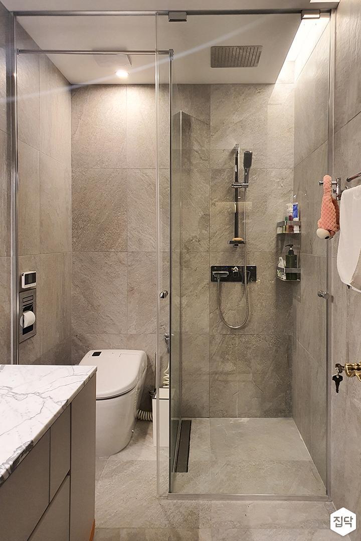 그레이,모던,내추럴,욕실,유리파티션,샤워기