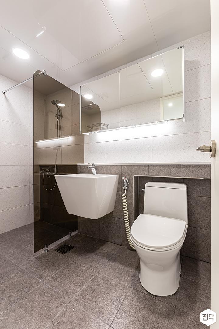 화이트,그레이,모던,욕실,유리파티션,세면대,거울