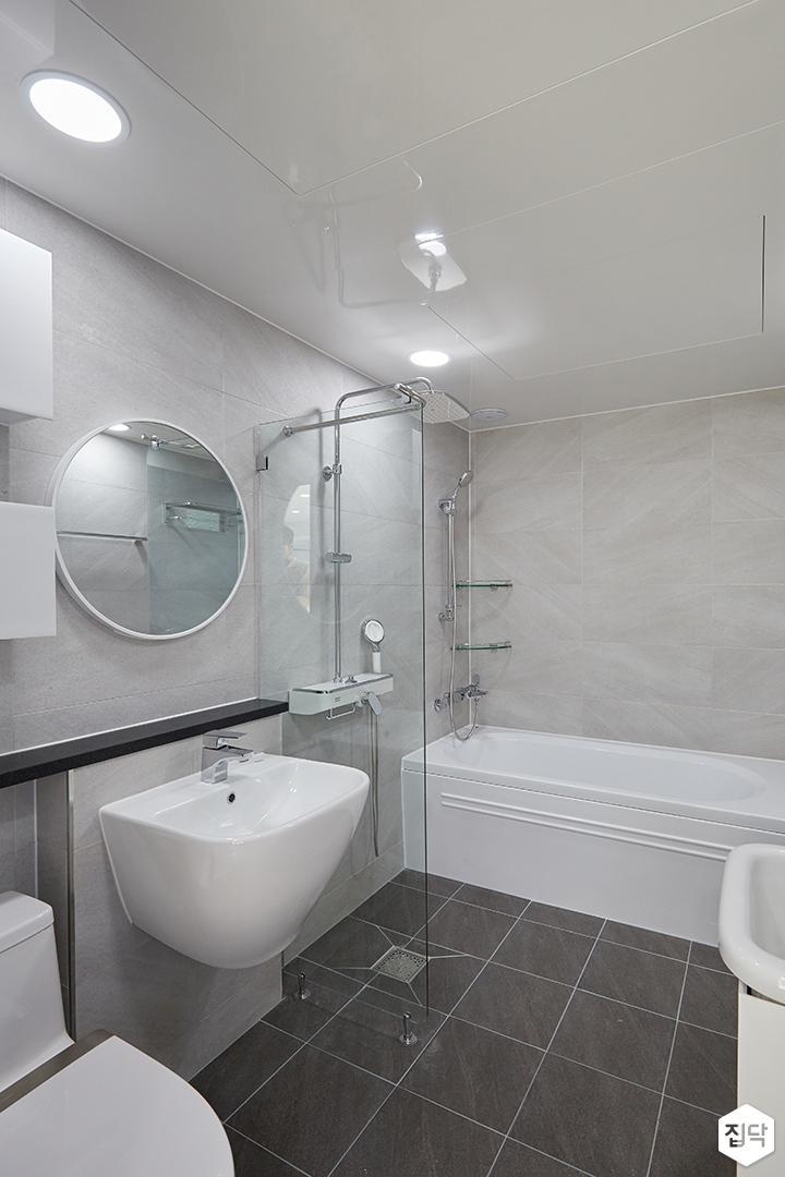 화이트,그레이,모던,심플,욕실,포세린,원형직부등,유리파티션,세면대,욕조,코너선반,샤워기,거울