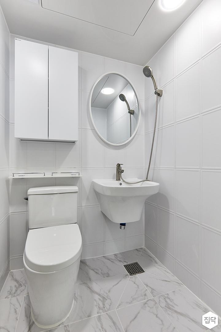 화이트,미니멀,심플,욕실,수납장,세면대,거울