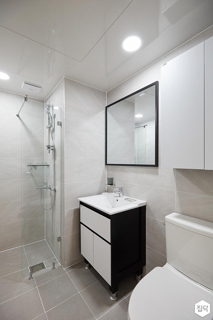 화이트,블랙,모던,심플,욕실,포세린,원형직부등,세면대,수납장,유리파티션,샤워기,거울