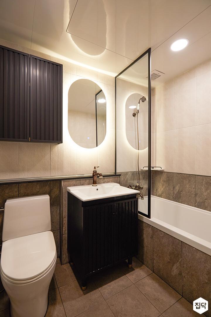 그레이,아이보리,모던,욕실,포세린,간접조명,수납장,세면대,거울,욕조,유리파티션