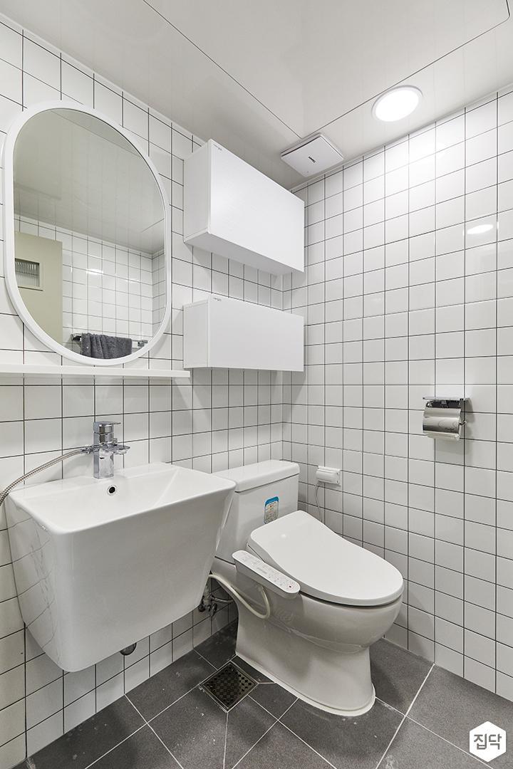 화이트,모던,욕실,포세린,폴리싱,욕실타일,매립등,수납장,세면대,거울