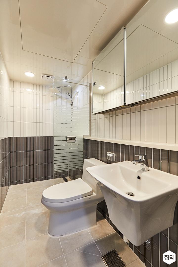 화이트,그레이,미니멀,심플,욕실,욕실타일,매립등,수납장,유리파티션,세면대,거울