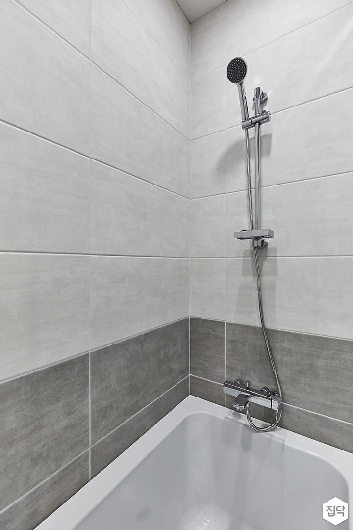 화이트,그레이,미니멀,심플,욕실,욕조,샤워기