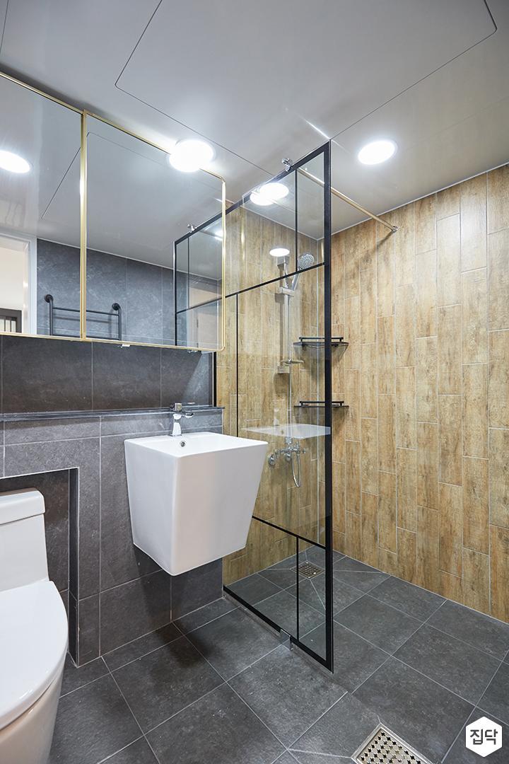 그레이,브라운,모던,심플,욕실,포세린,원형직부등,수납장,유리파티션,세면대,코너선반,샤워기,거울