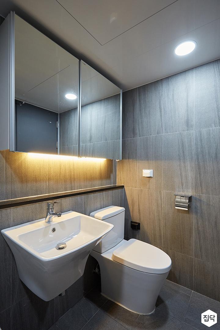화이트,그레이,모던,심플,욕실,간접조명,원형직부등,수납장,세면대,거울