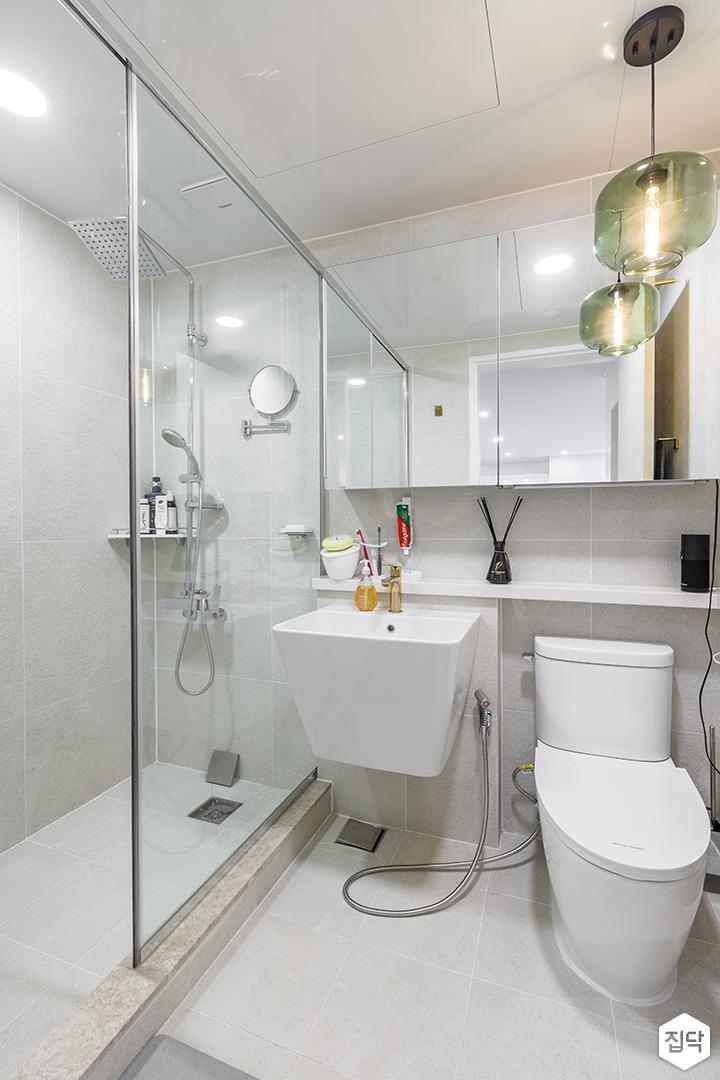화이트,모던,심플,욕실,세면대,거울,유리파티션,샤워가