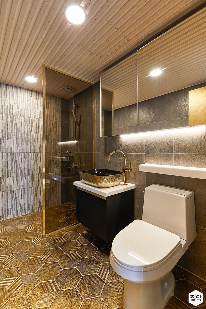 그레이,골드,럭셔리,욕실,패턴타일,헥사곤,수납장,유리파티션,세면대,거울