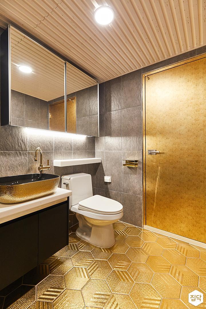 그레이,골드,럭셔리,욕실,패턴타일,수납장,세면대,거울