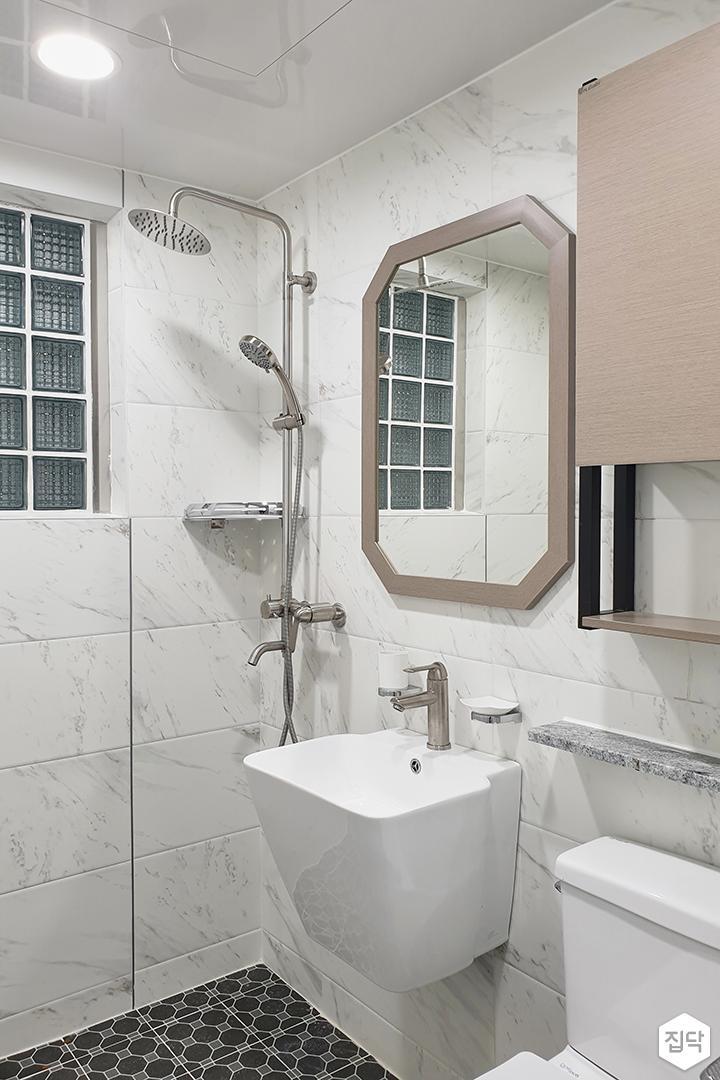 화이트,아이보리,모던,심플,욕실,원형직부등,수납장,세면대,코너선반,샤워기,거울
