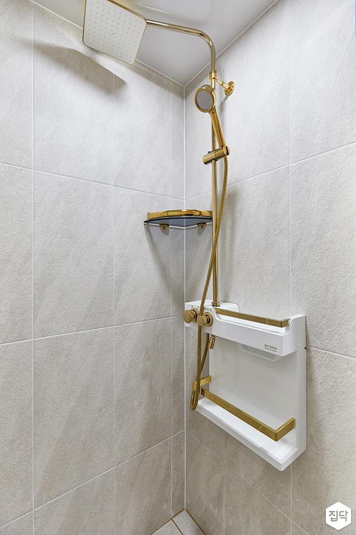 화이트,골드,모던,뉴클래식,욕실,샤워기,코너선반