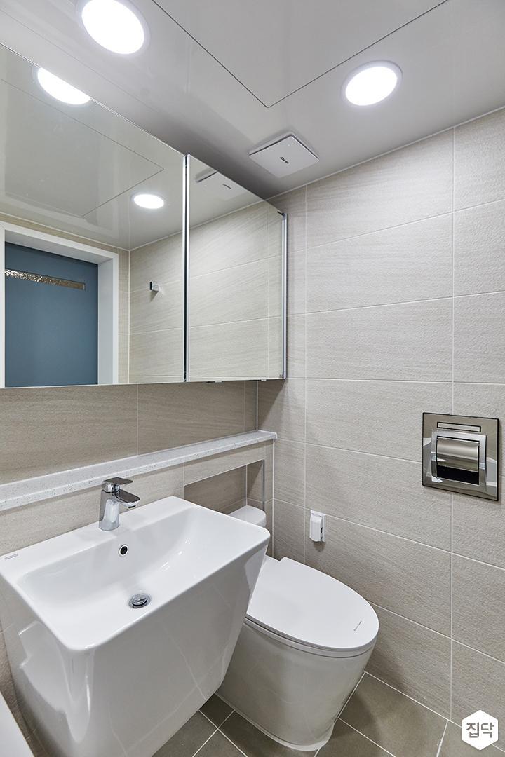화이트,아이보리,미니멀,심플,욕실,매립등,포세린,수납장,세면대,거울