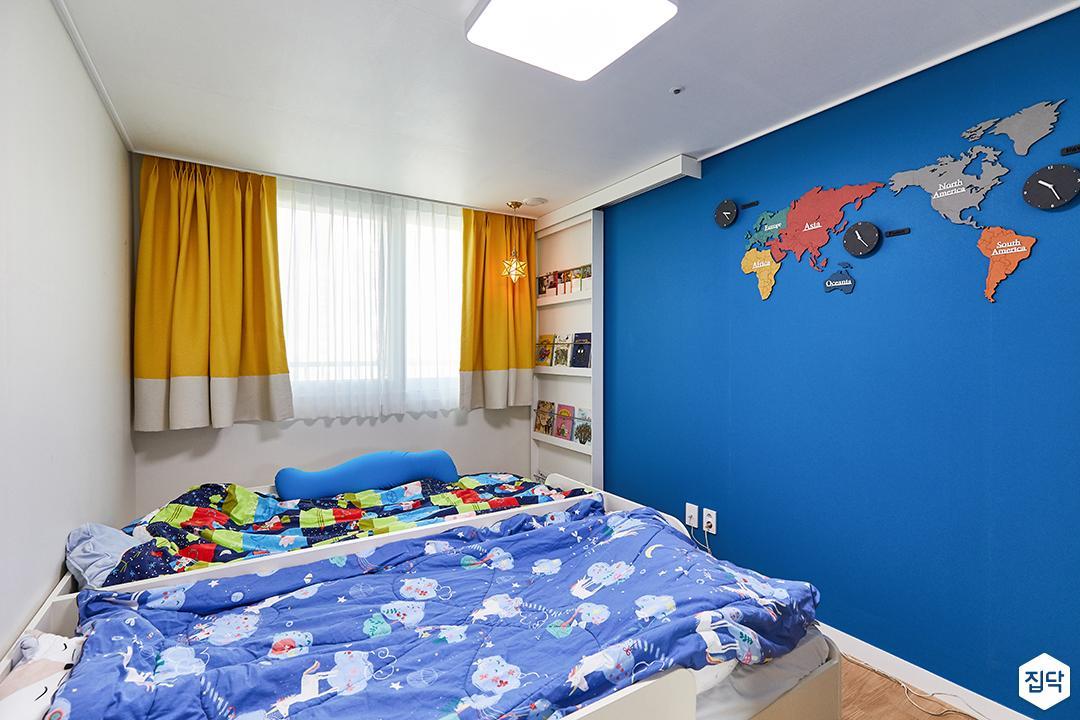 화이트,블루,내추럴,아이방,침대