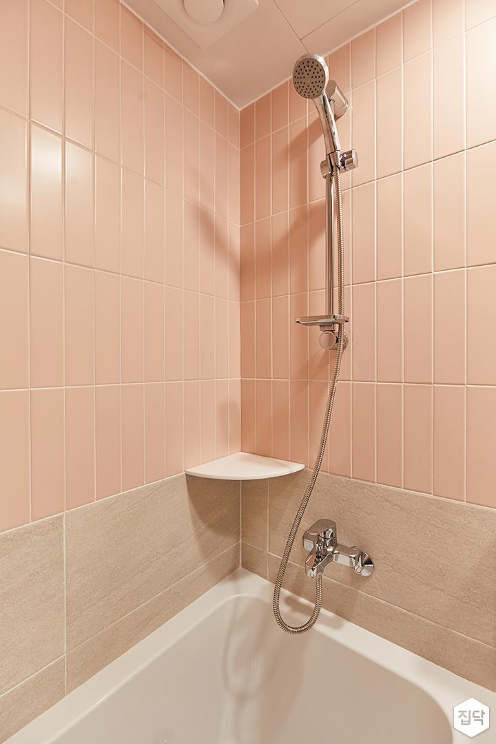 핑크,아이보리,뉴클래식,욕실,포세린,욕조,샤워기