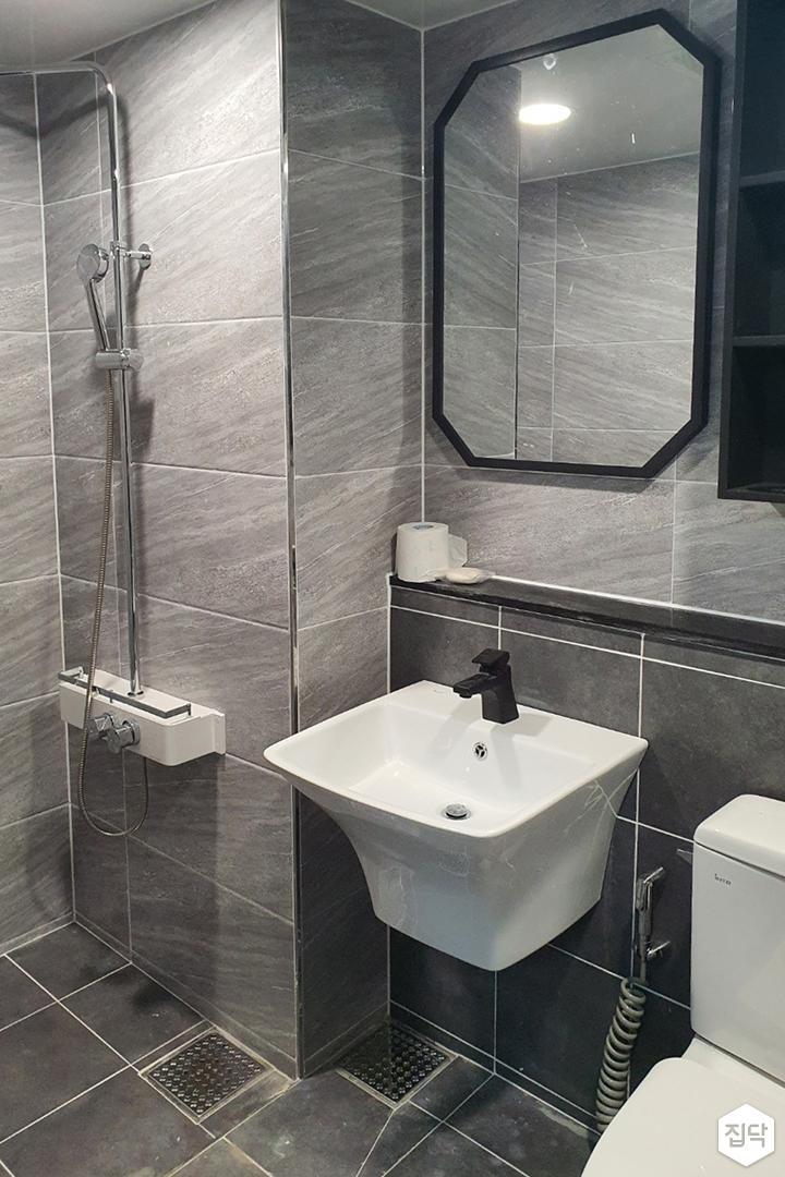 그레이,모던,심플,욕실,세면대,거울,샤워기