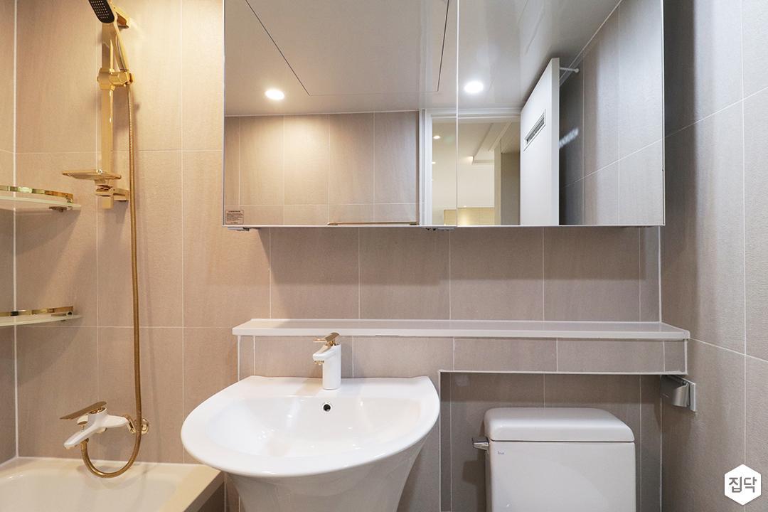 그레이,골드,모던,심플,욕실,세면대,수납장,거울,수전,샤워기,코너선반