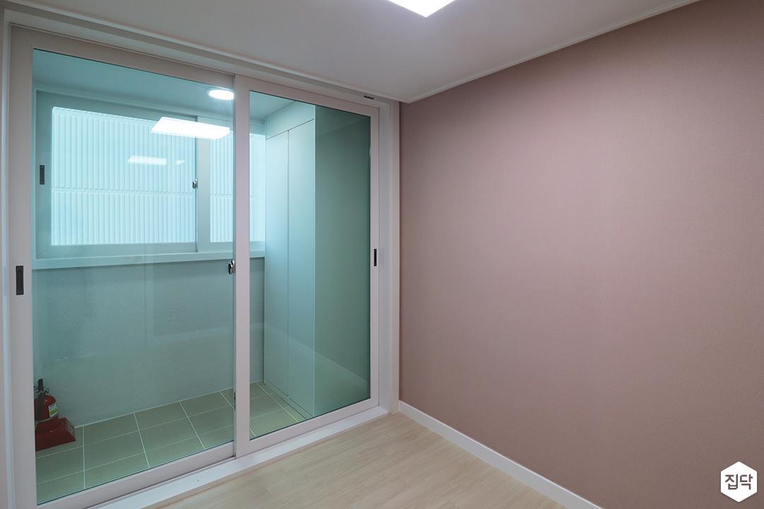 핑크,모던,심플,방,원목마루