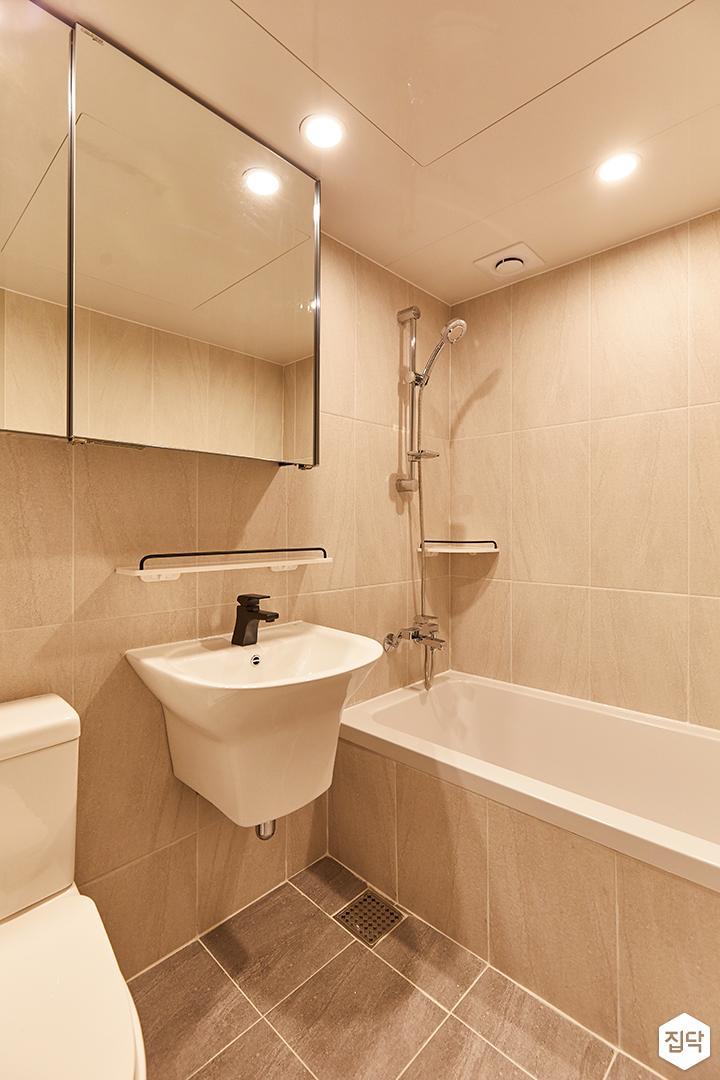 아이보리,블랙,미니멀,심플,욕실,세면대,샤워기,욕조