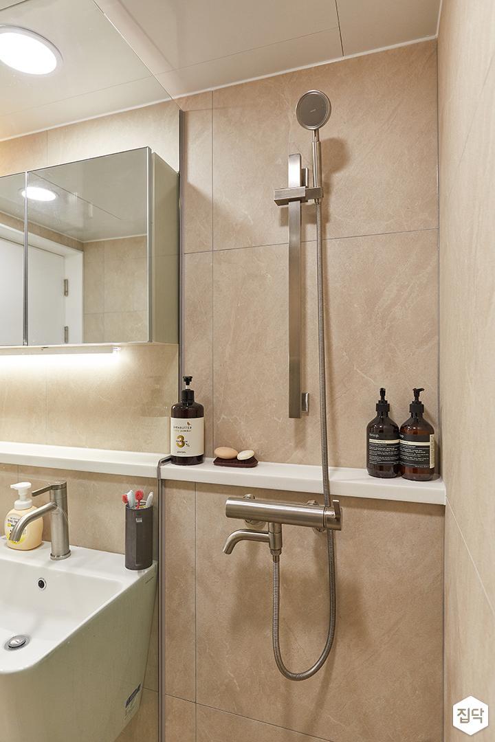 아이보리,화이트,모던,내추럴,욕실,포세린,유리파티션,샤워기